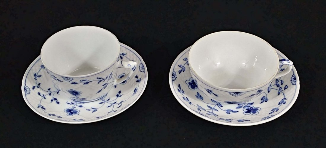 GROUP OF SEVEN PORCELAIN CUPS AND SAUCERS - 5