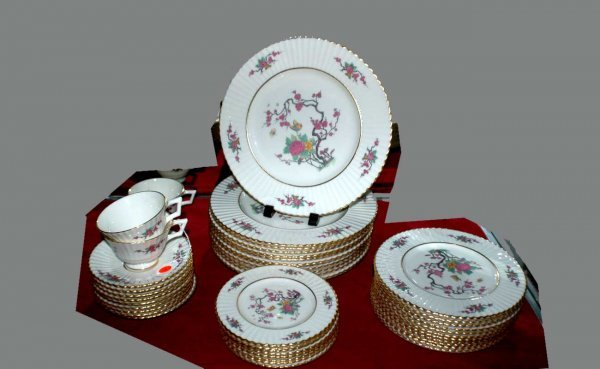 24: Lenox China 'Ming Temple' Partial Dinner Service