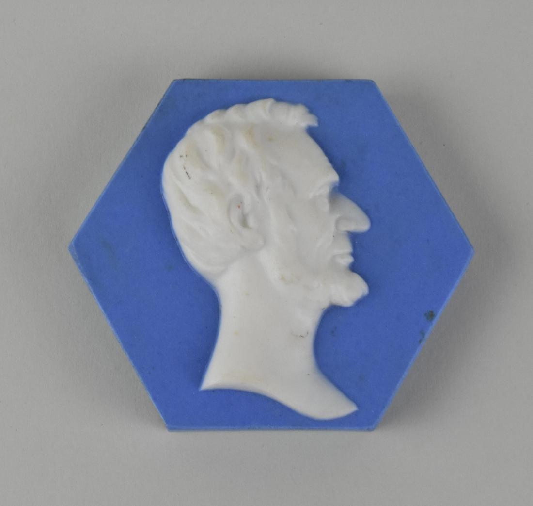 LINCOLN IN PROFILE HEXAGONAL JASPERWARE TILE