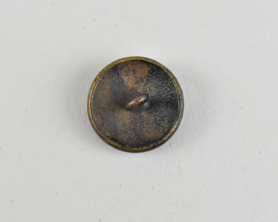 CONFEDERATE STATES CIVIL WAR ERA COAT BUTTON - 2