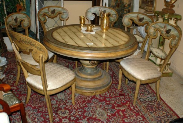 320: 7 pcs  Horchow Painted Dining Set  (700/900)