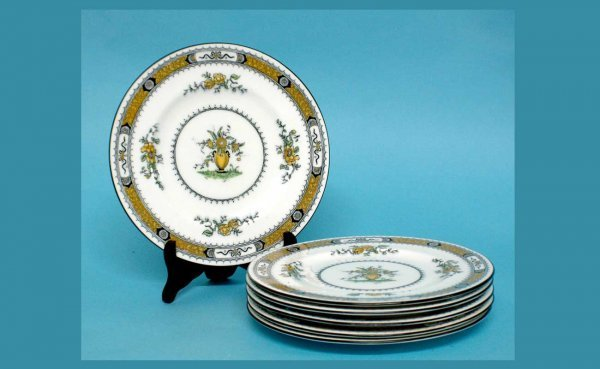 1002: Six Coalport England 'French-Noble' Pattern 7177