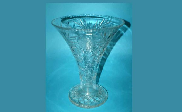 1006: Large Cut Glass Vase with Flared Lip with Leaf an