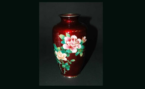 1016: Japanese Cloisonné Enameled Vase with Multicolor