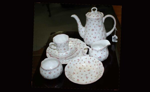 1015D: 29 pcs French Porcelain Service handpainted Rose