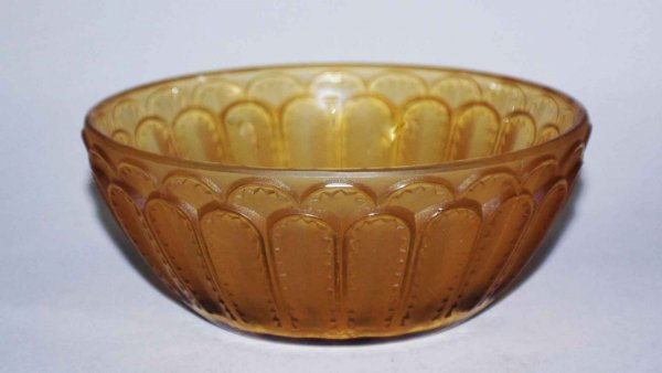 1: R. Lalique Glass Bowl, French C. 1930, signed R. Lal