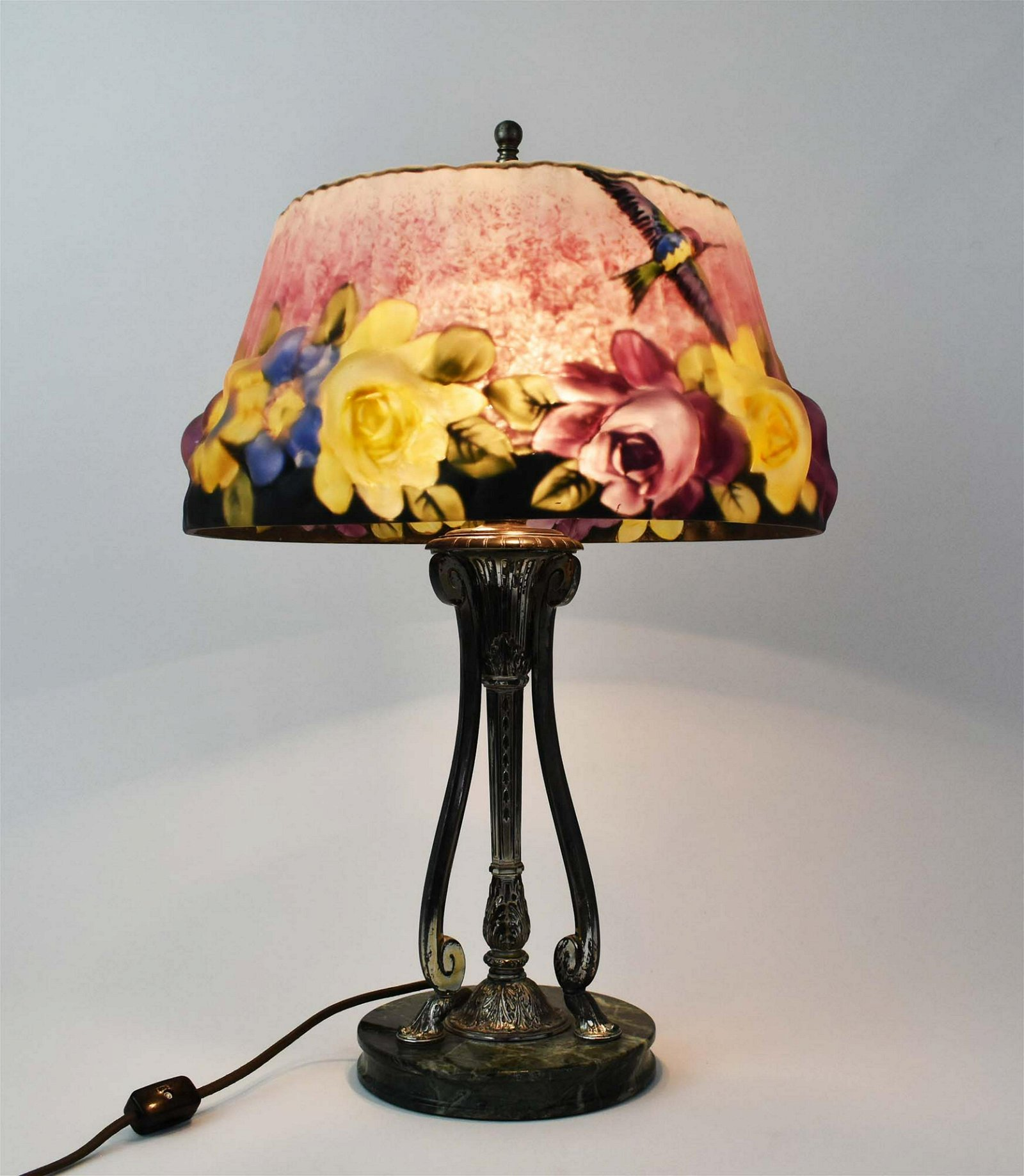 PAIRPOINT PAINTED PUFFY HUMMINGBIRD GLASS TABLE LAMP