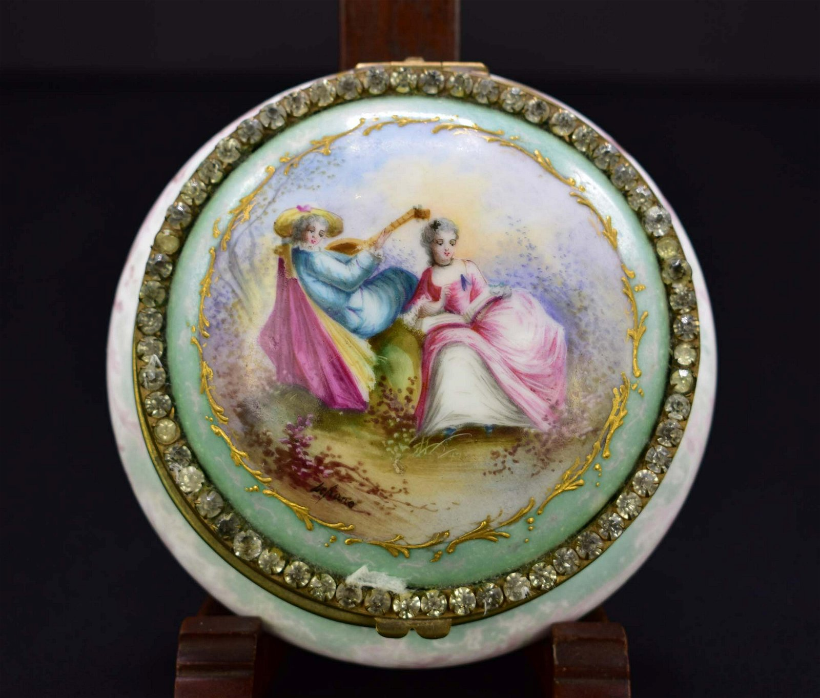 SEVRES JEWELED PORCELAIN CIRCULAR LIDDED DRESSING BOX