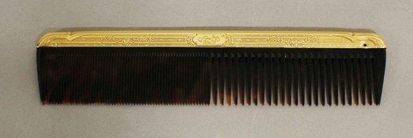 4: 14KT YELLOW GOLD AND TORTOISE SHELL COMB