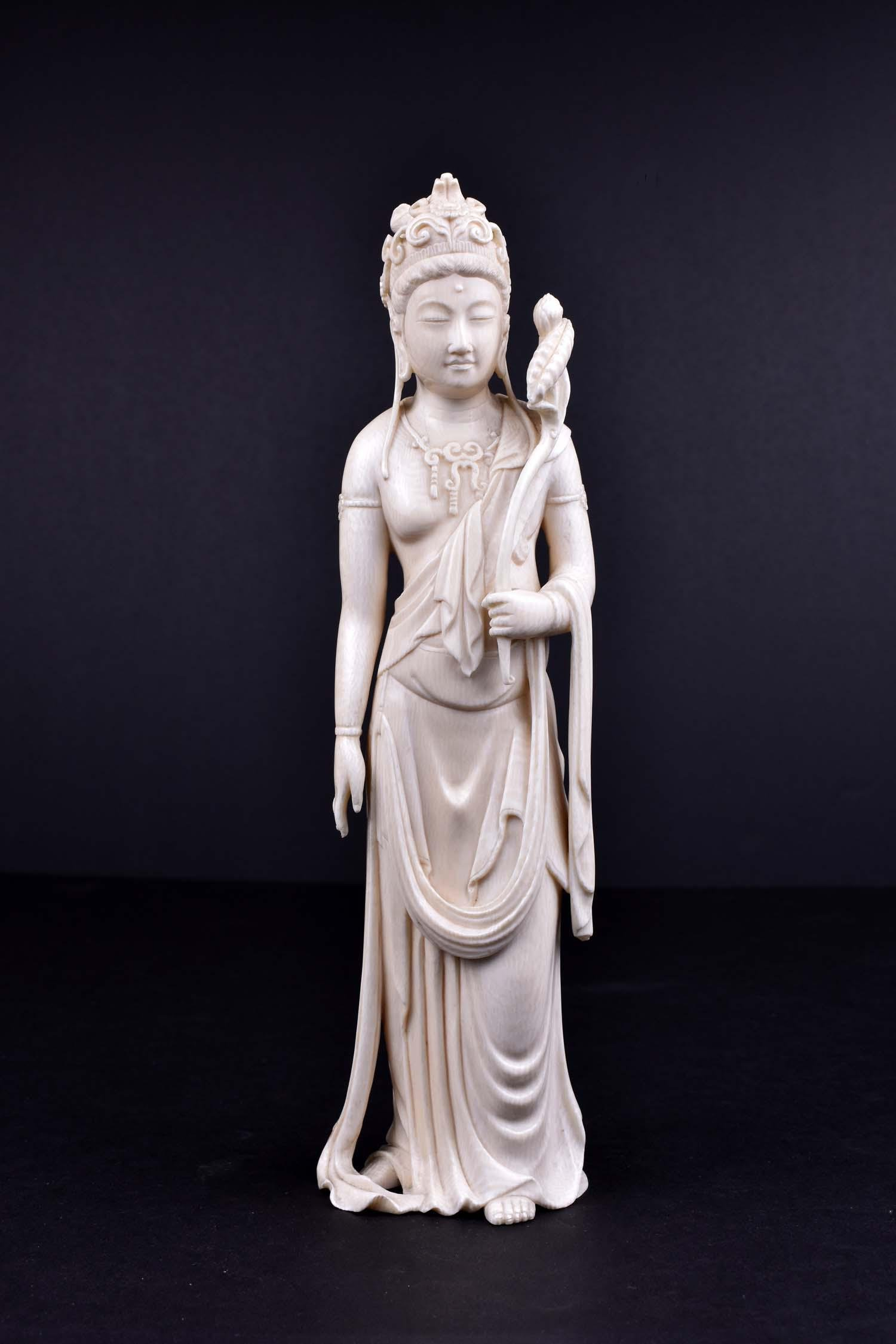 JAPANESE OKIMONO OF KANNON, THE GODDESS OF MERCY