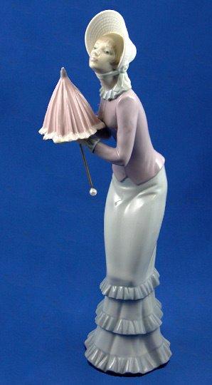 13: Lladro Frustrated Walk #4997 Retired Figurine