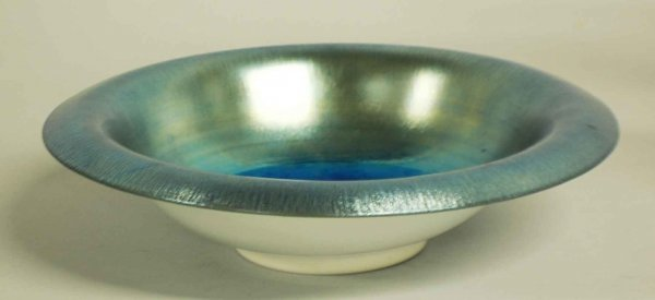 1002: IRIDESCENT BLUE FAVRILE GLASS BOWL