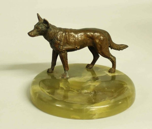 1013: PATINATED BRONZE FIGURE OF A DOG