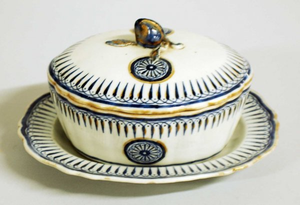 10: EXPORT PORCELAIN BUTTER DISH, COVER & STAND