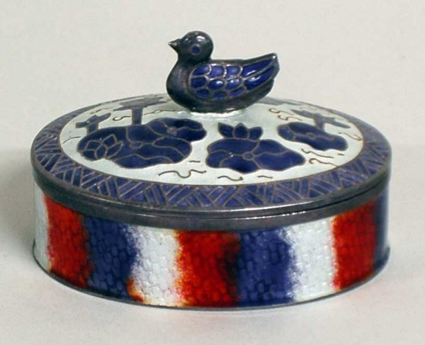 1003: ENAMEL AND SILVER BOX AND COVER