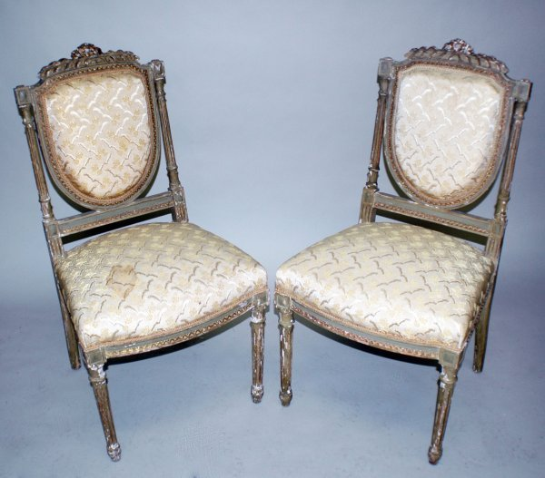 23: PAIR OF LOUIS XVI STYLE PAINTED SIDE CHAIRS