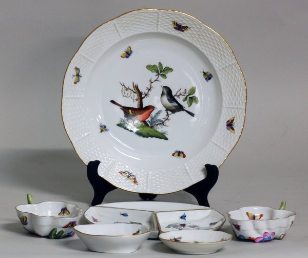 6: GROUP OF FIVE HEREND PORCELAIN TABLE ARTICLES