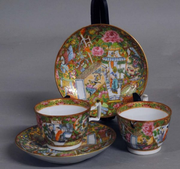 6: PAIR OF ROSE CANTON PORCELAIN CUPS AND SAUCERS