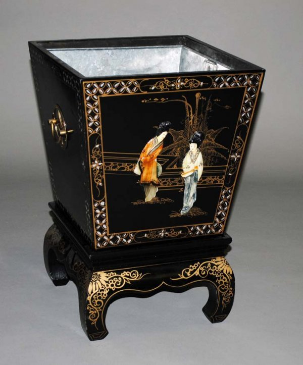 21: LACQUERED JARDINIERE ON STAND