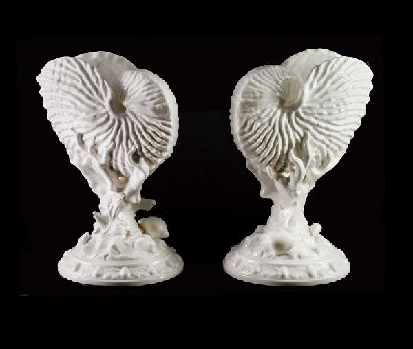 29: PAIR OF ROYAL WORCESTER PORCELAIN NAUTILUS VASES