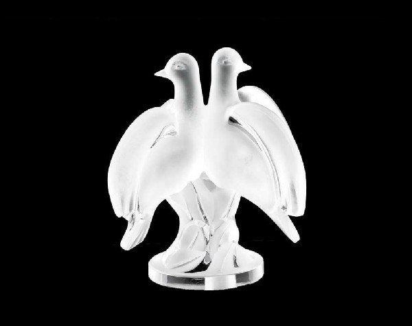 "38: LALIQUE MOLDED AND FROSTED CRYSTAL GROUP ""ARIANE"""
