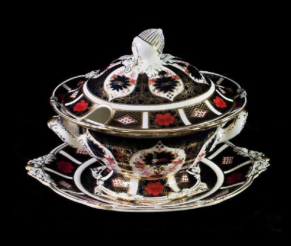 50: ROYAL CROWN DERBY SAUCE TUREEN, COVER AND STAND