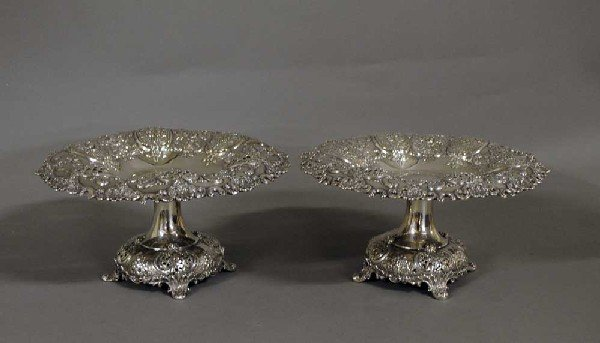 224: PAIR OF TIFFANY & CO. STERLING SILVER FRUIT STANDS