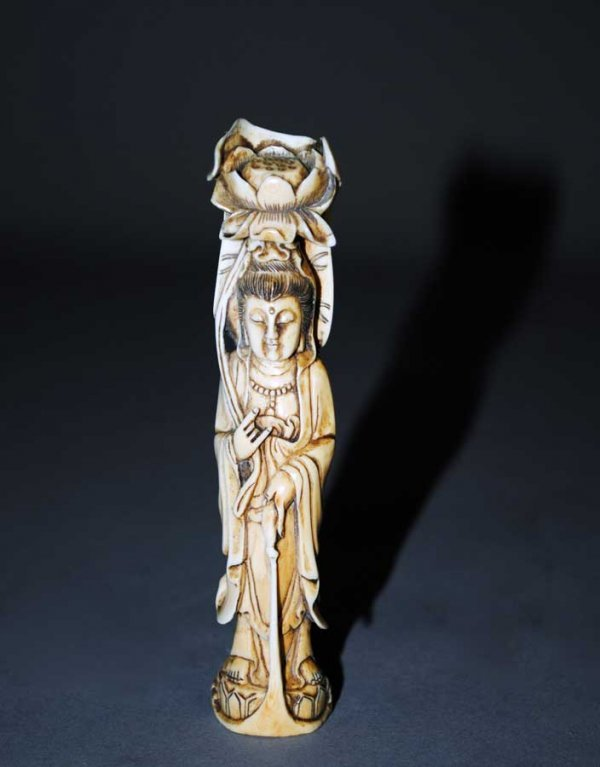 14: CARVED IVORY FIGUE OF GUANYIN