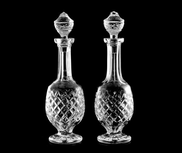 19: PAIR OF CUT CRYSTAL DECANTERS