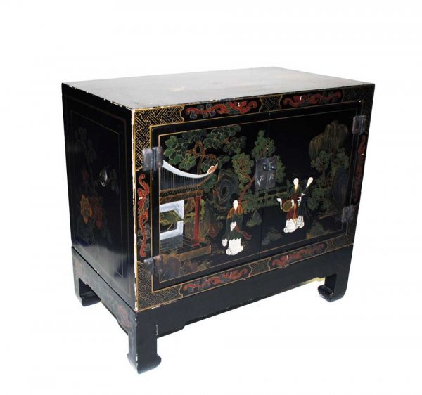 25: LACQUERED CHEST ON STAND