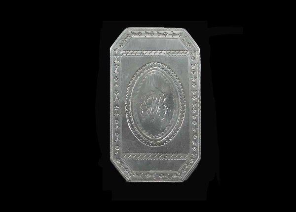 310: GEORGE III STERLING SILVER SNUFF BOX