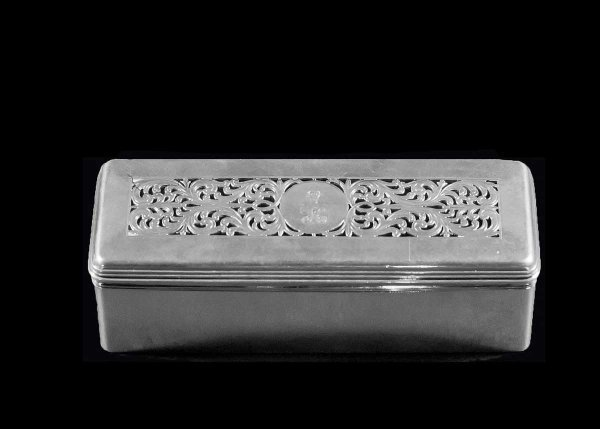 312: GEORGE IV STERLING SILVER BOX