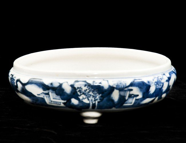 13: BLUE AND WHITE PORCELAIN BOWL