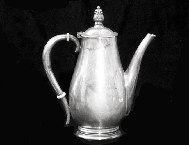 29: STERLING SILVER COFFEE POT