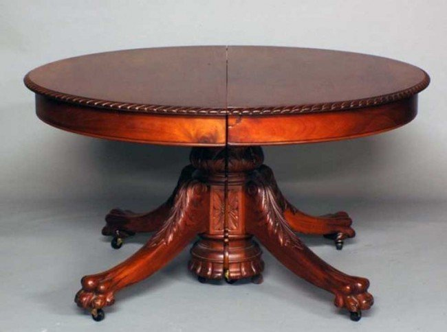 78: VICTORIAN MAHOGANY PEDESTAL DINING TABLE