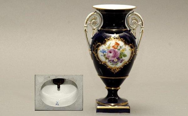 106: Meissen Porcelain Vase