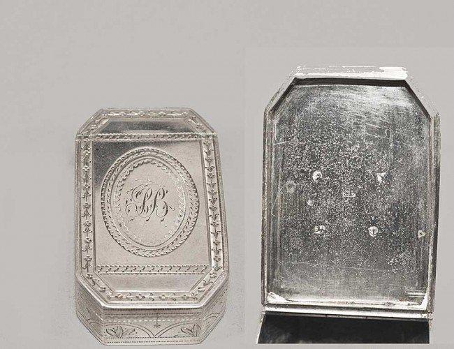 2: GEORGE III STERLING SILVER SNUFF BOX