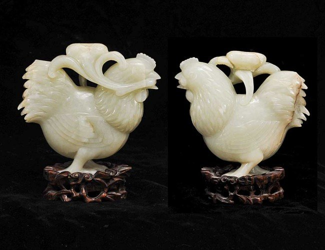 317: PALE CELADON JADE FIGURE OF A ROOSTER