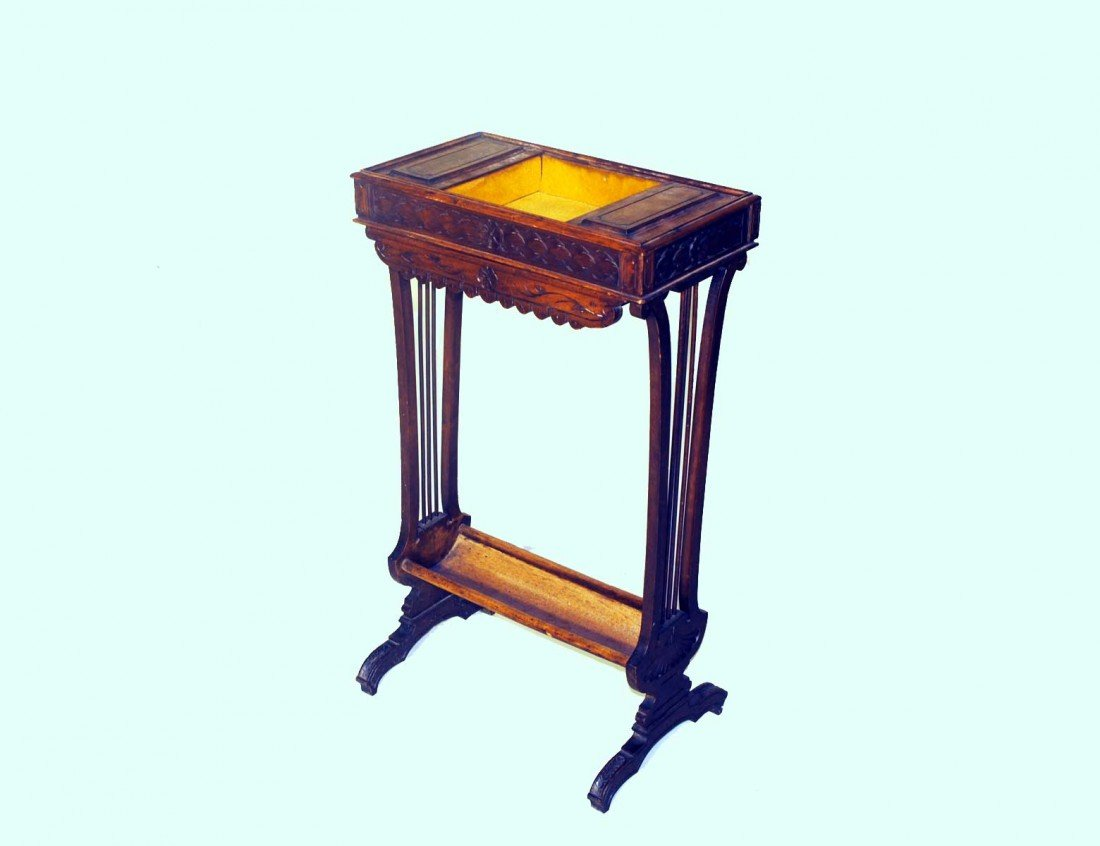 20: PROVINCIAL STYLE OAK SEWING TABLE