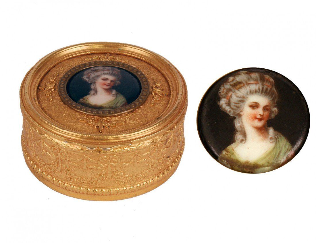 15: FINE GILT BRONZE RING BOX