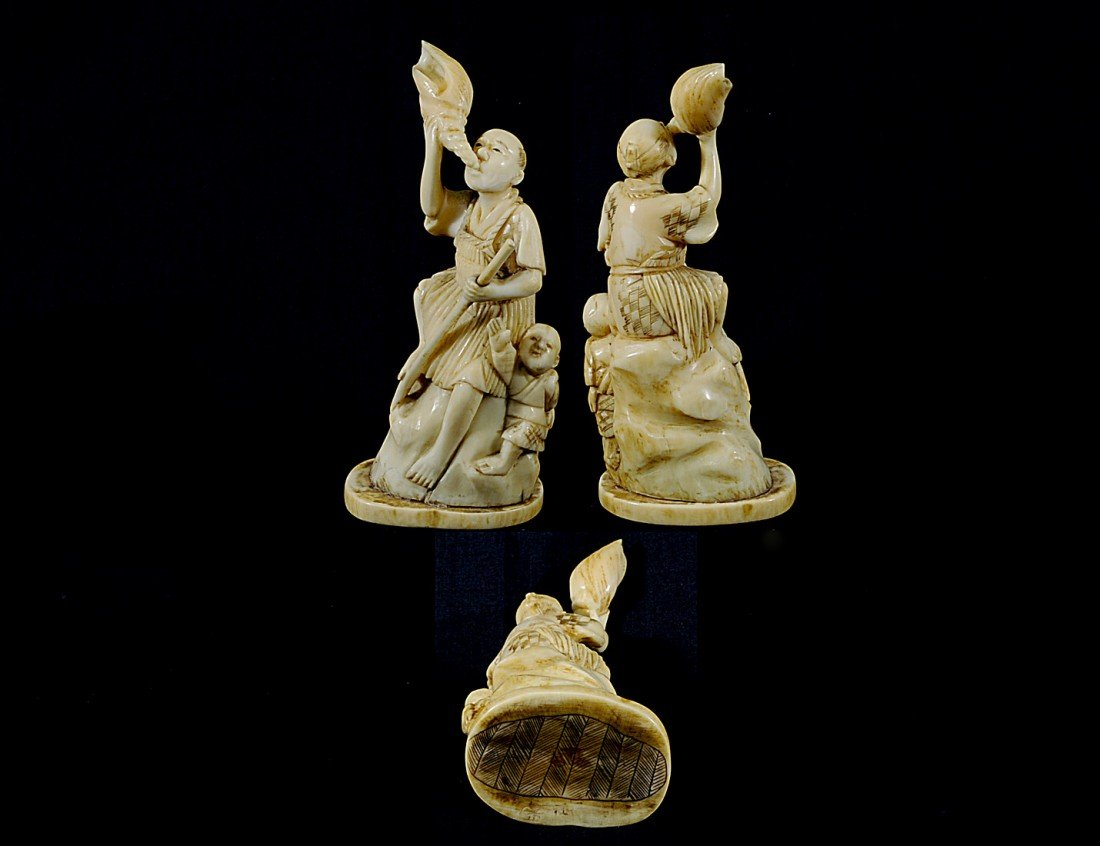 5: CARVED IVORY GROUP