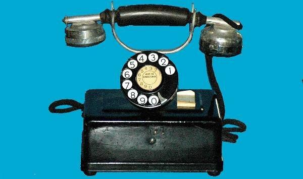 10: Antique Western Electric Black Cradle Telephone