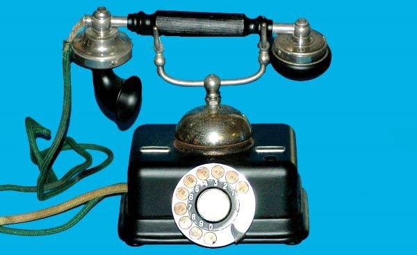 14: Antique European Cradle Kjobenhavns Telephone