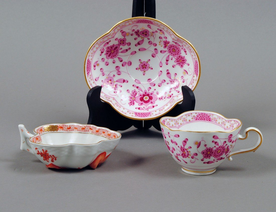 14: MEISSEN PORCELAIN CUP AND SAUCER