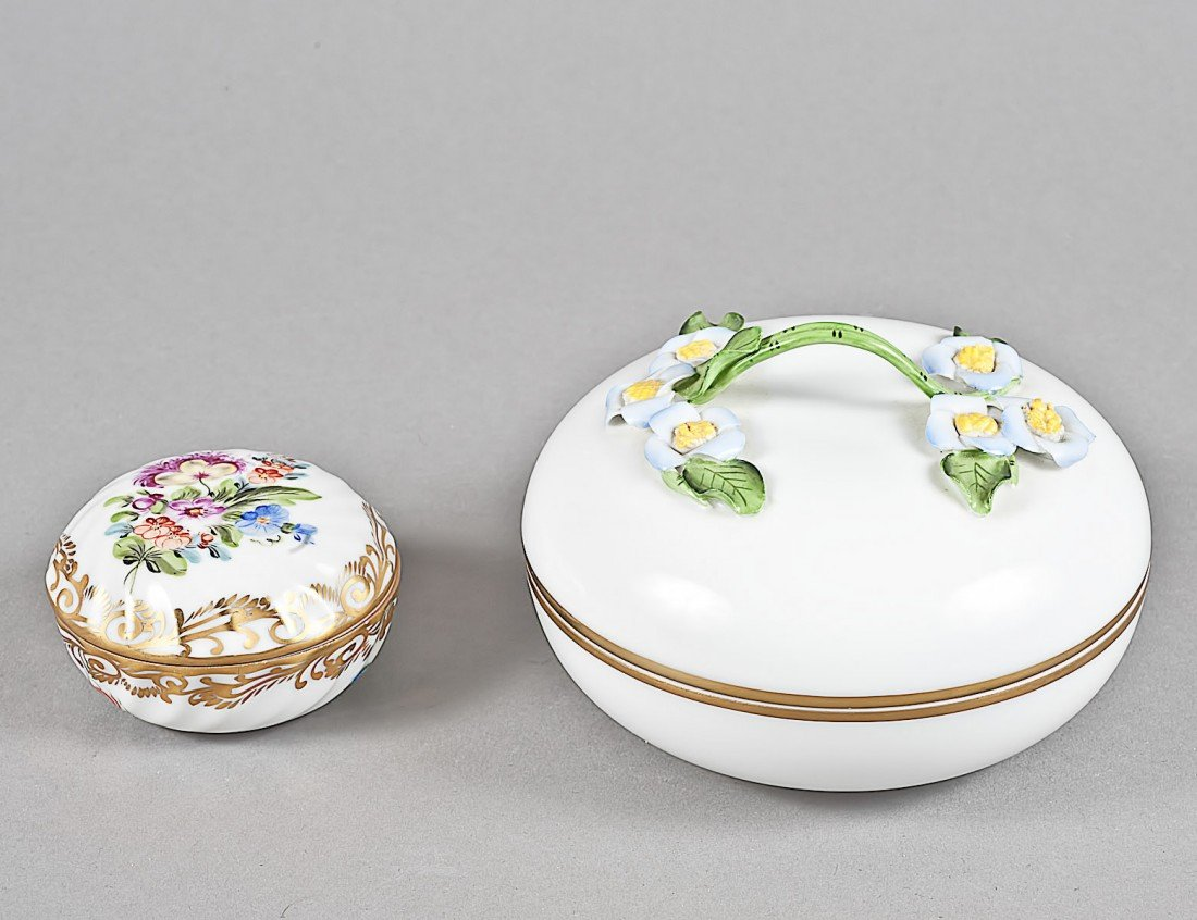 148: TWO HEREND PORCELAIN BOXES AND COVERS