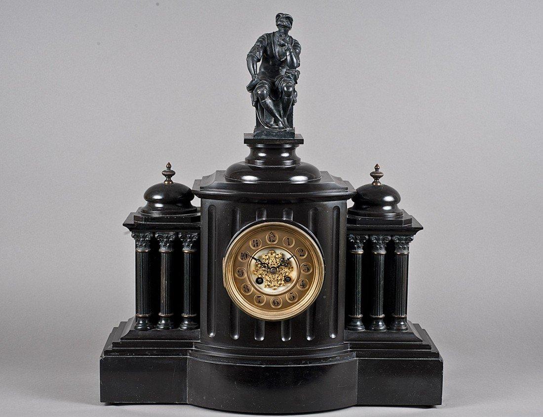 160: BLACK MARBLE MANTEL CLOCK