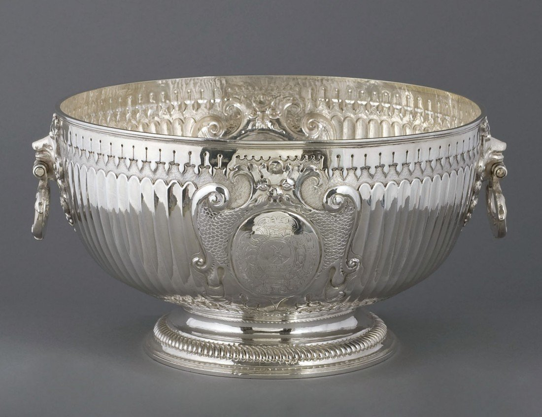 261: IMPORTANT WILLIAM III STERLING SILVER PUNCH BOWL