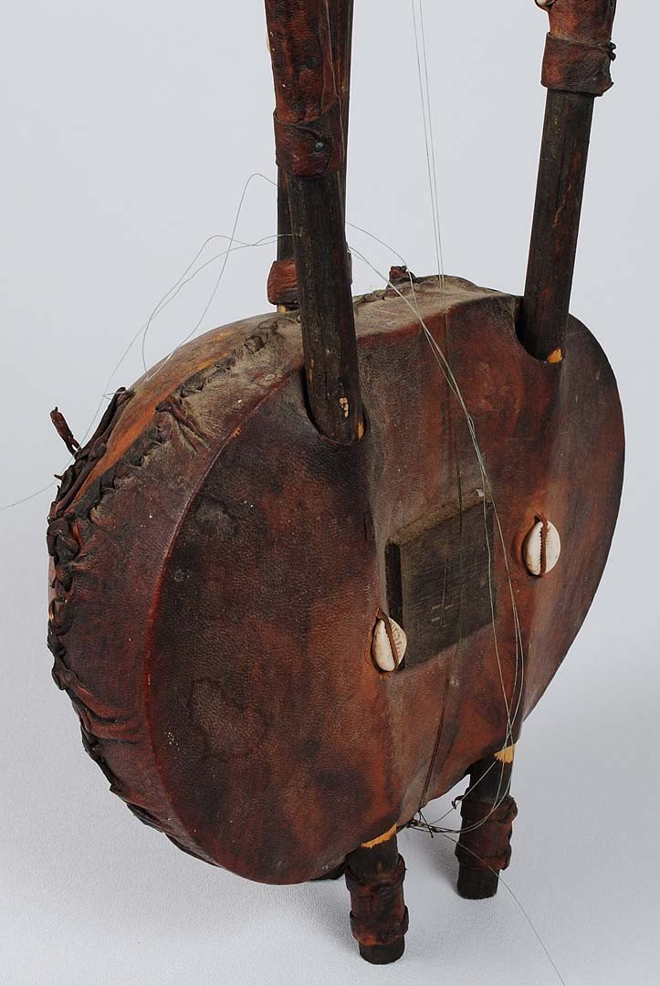 280: TWO AFRICAN TRIBAL INSTRUMENTS - 5