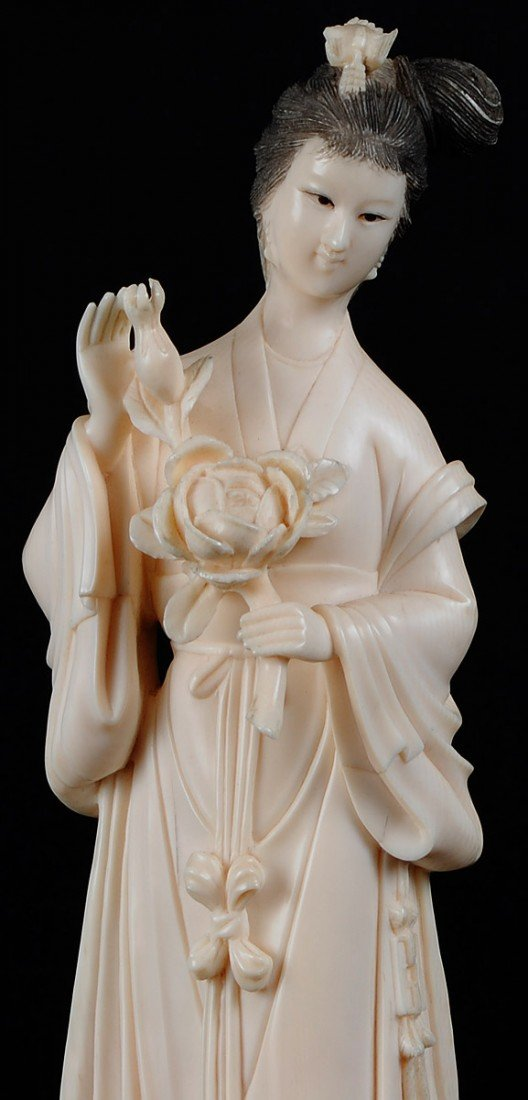 33: CARVED IVORY FIGURE OF A MAIDEN - 2