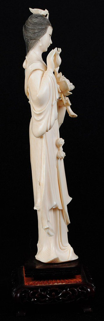 33: CARVED IVORY FIGURE OF A MAIDEN - 3
